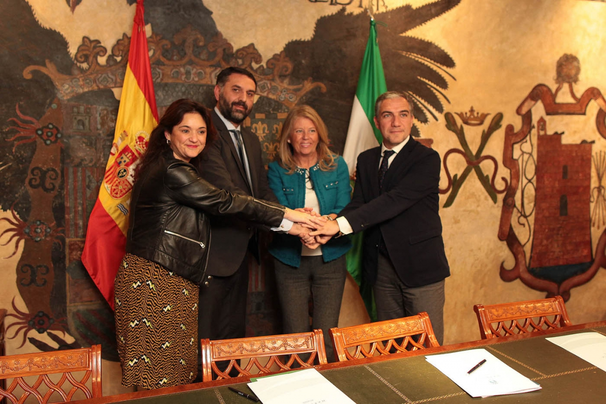 """La alcaldesa destaca la colaboración entre administraciones para que la Copa Davis en Marbella sea """"un nuevo éxito"""""""