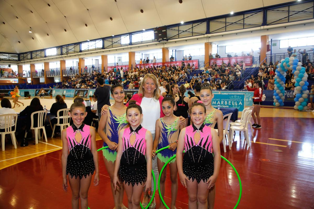 El Palacio de Deportes de San Pedro acoge un campeonato de gimnasia rítmica con 1.700 participantes