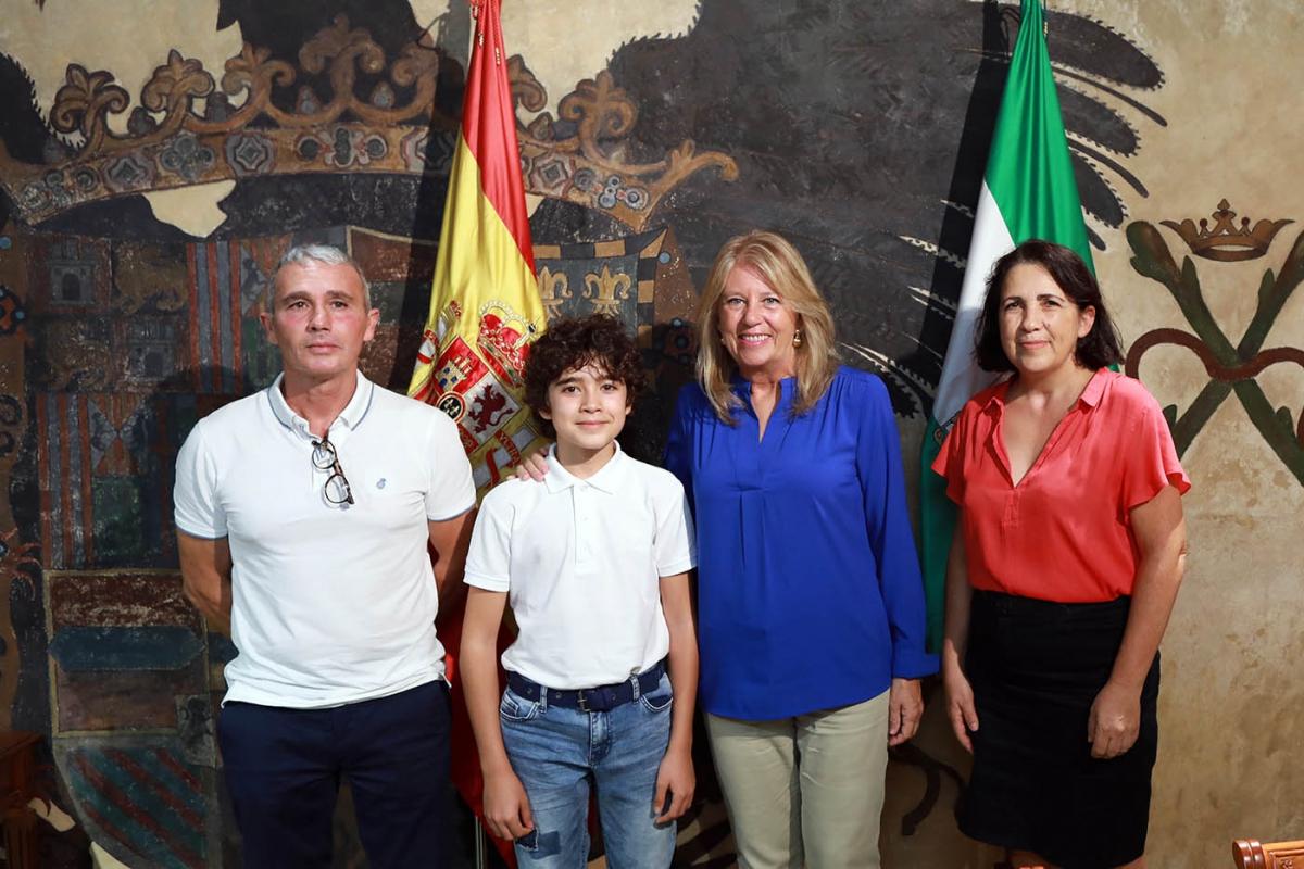 Muñoz subraya la proyección del joven pianista Guillermo Ramírez
