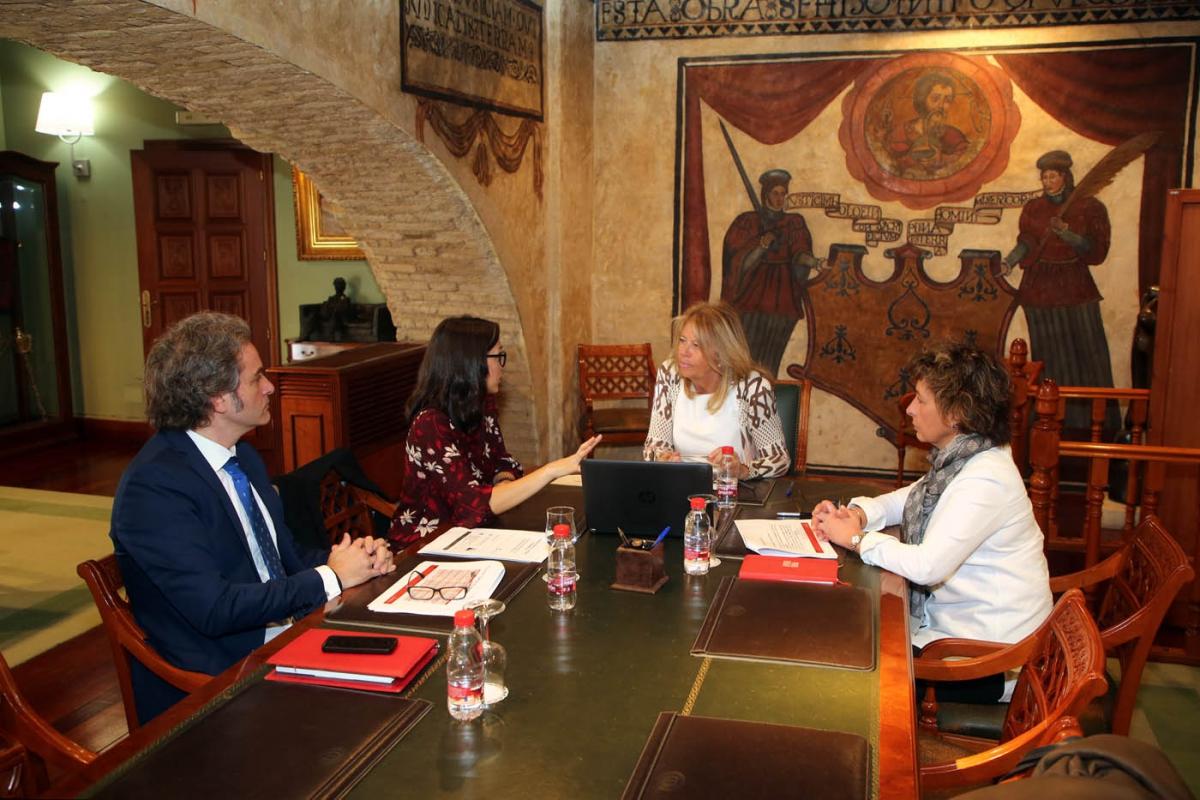 El Ayuntamiento estudia posible colaboración con la Universidad Nebrija en materia de turismo