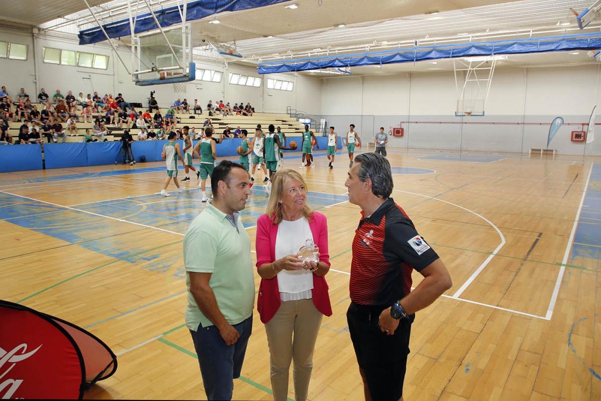 La ciudad alberga este fin de semana la XI Edición del Clinic Internacional de Baloncesto Fundación Cesare Scariolo