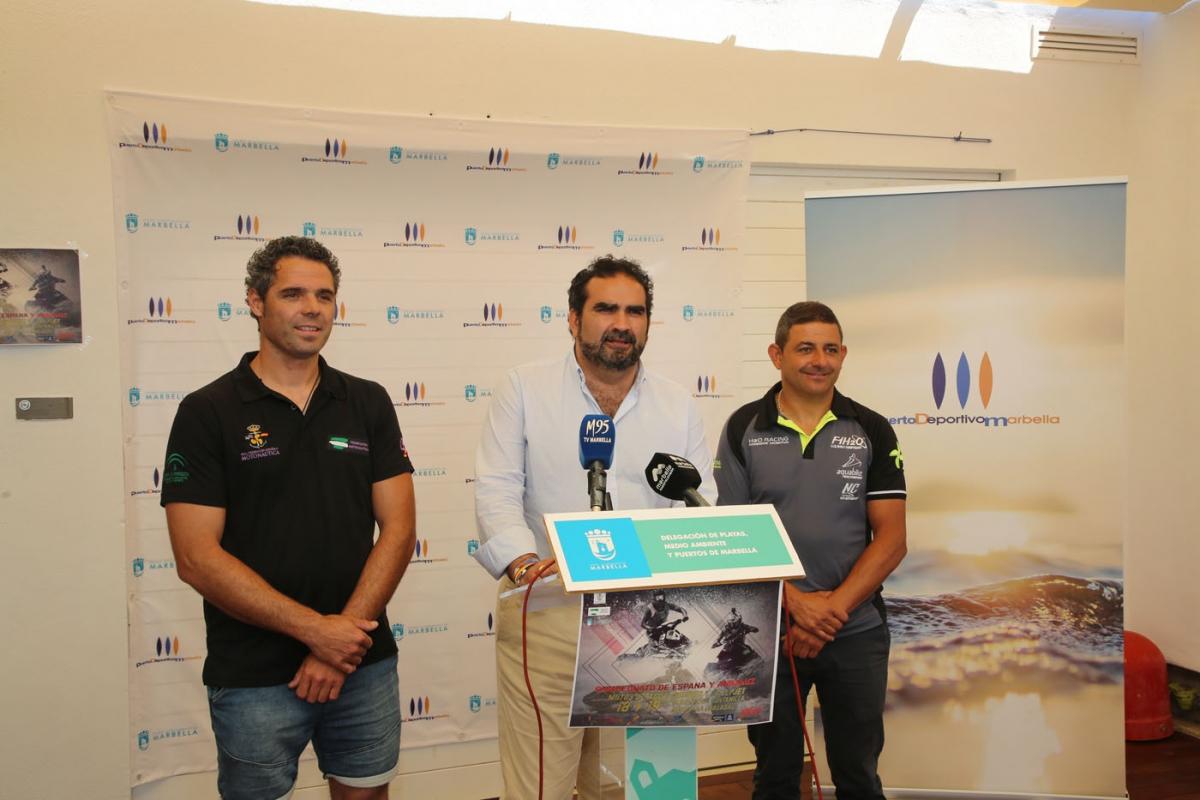 El Campeonato de España y de Andalucía de Motos de Agua 2019 recalará en la playa de la Fontanilla del 17 al 19 de mayo con la participación de más de 80 pilotos
