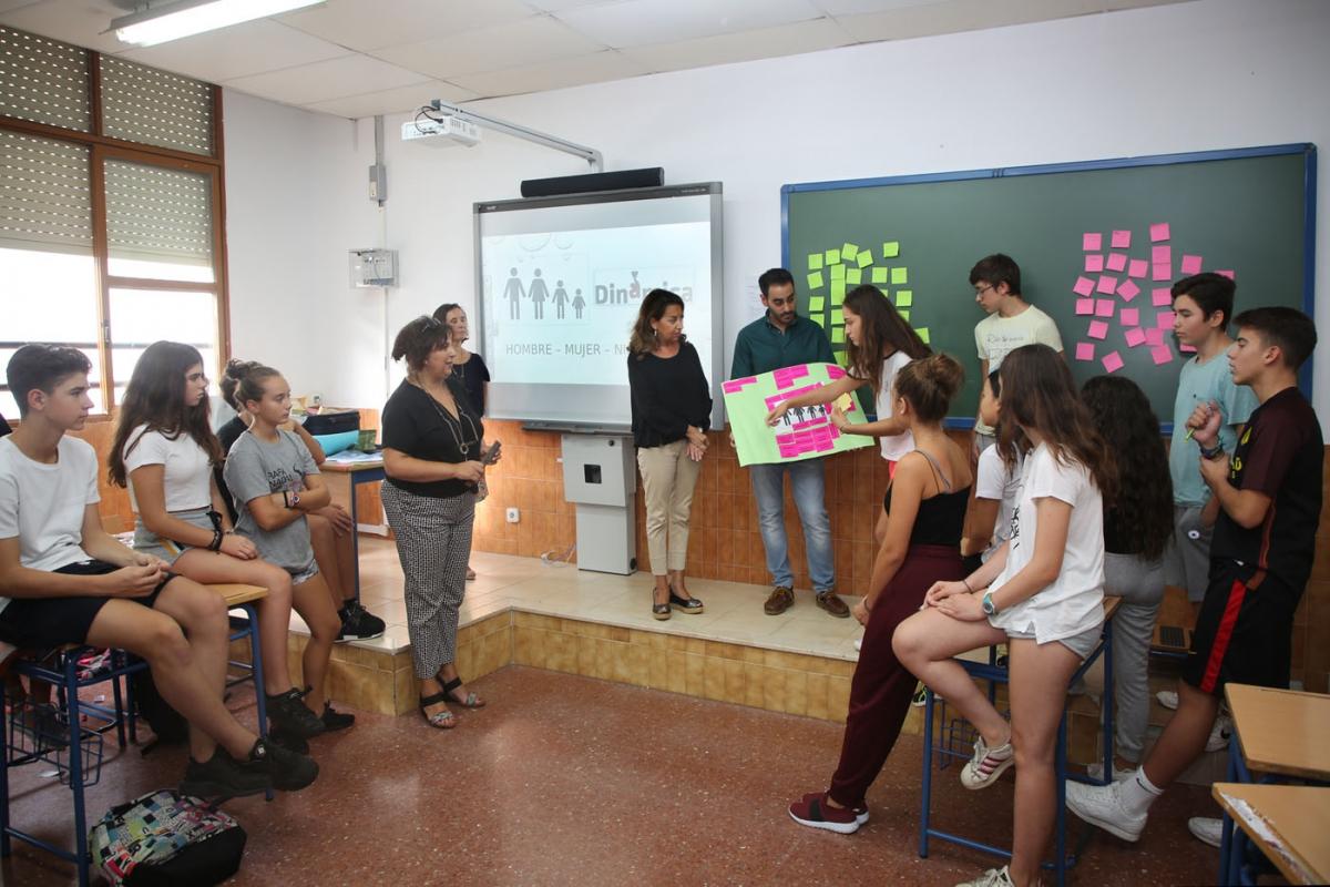 Un taller forma a alumnos de 3º de ESO en respeto y tolerancia hacia la diversidad
