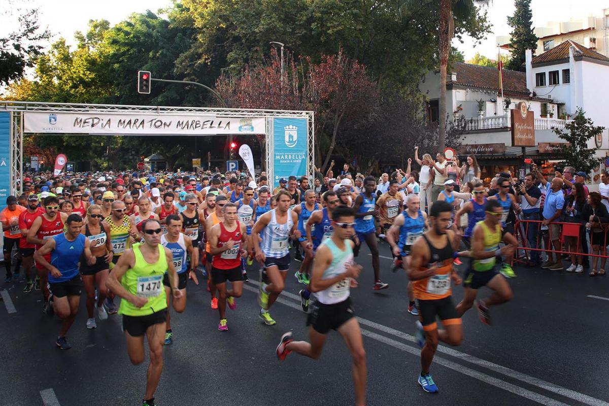Mario García y Jessica Petterson, vencedores en la Media Maratón de Marbella
