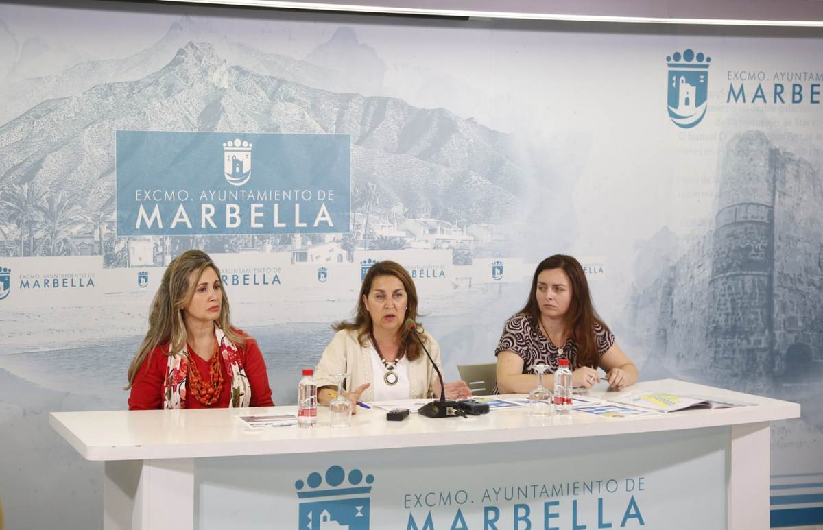 La Feria de Día y el Recinto Ferial contarán este año por primera vez con sendos puntos morados en los que se ofrecerá información y acompañamiento en caso de agresión sexista