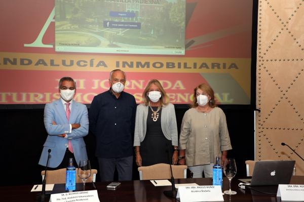 """La alcaldesa apuesta por """"hacer valer la fortaleza de Marbella como destino"""" para afrontar el futuro tras la pandemia"""