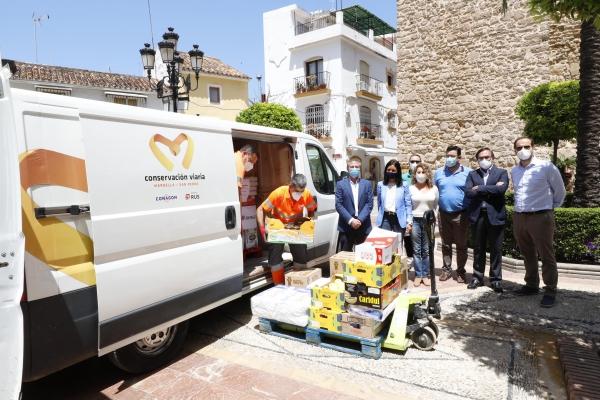 El Ayuntamiento y la empresa Conservación Viaria entregan más de 3.000 kilos de alimentos a Cáritas para las familias más vulnerables