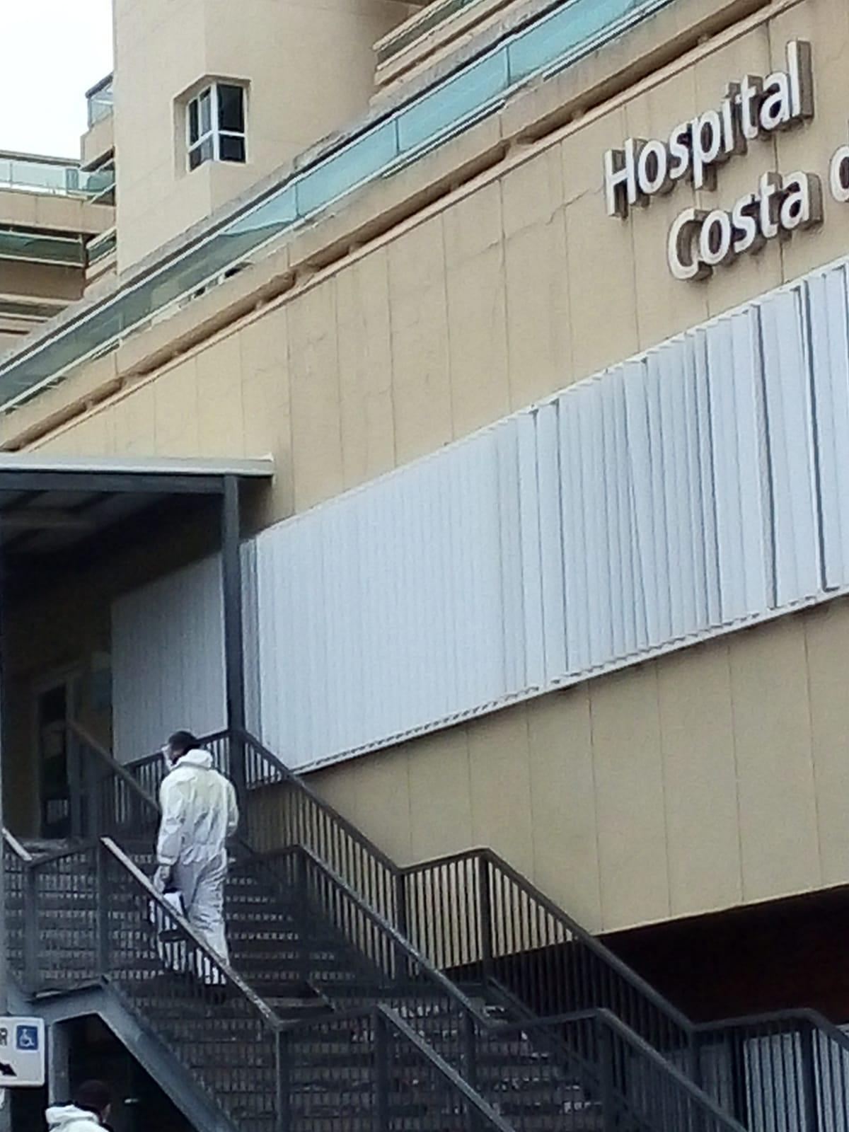 Marbella intensifica las labores de desinfección en espacios públicos y las amplía al entorno de las residencias de mayores del término municipal