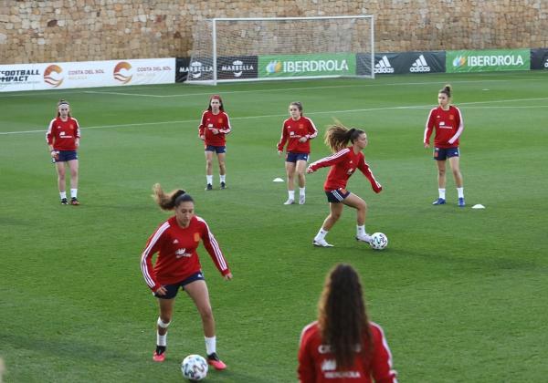 Marbella acoge la primera concentración del año de la selección española femenina de fútbol sub-19