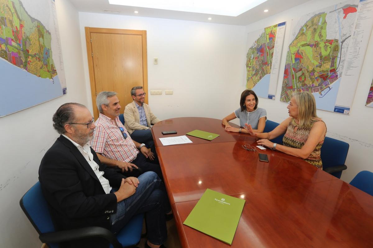 El Ayuntamiento aborda con el Colegio de Aparejadores y Arquitectos Técnicos de Málaga su decisión de redactar de manera directa el nuevo Plan General