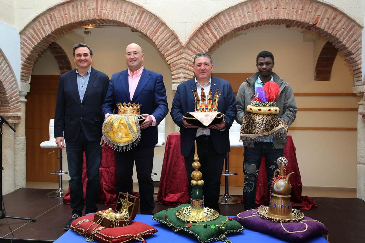 Los Emisarios de los Reyes Magos de Oriente ya están preparados para inundar de ilusión las calles de Marbella