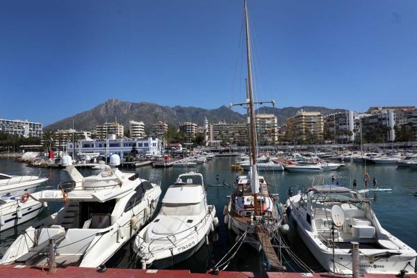El Puerto Deportivo 'Virgen del Carmen' implanta su Plan Interior Marítimo para mejorar la seguridad y la capacidad de respuesta ante la contaminación