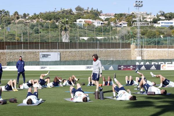 La selección española de fútbol Sub-19 se prepara en Marbella de cara a sus próximos duelos clasificatorios para el europeo