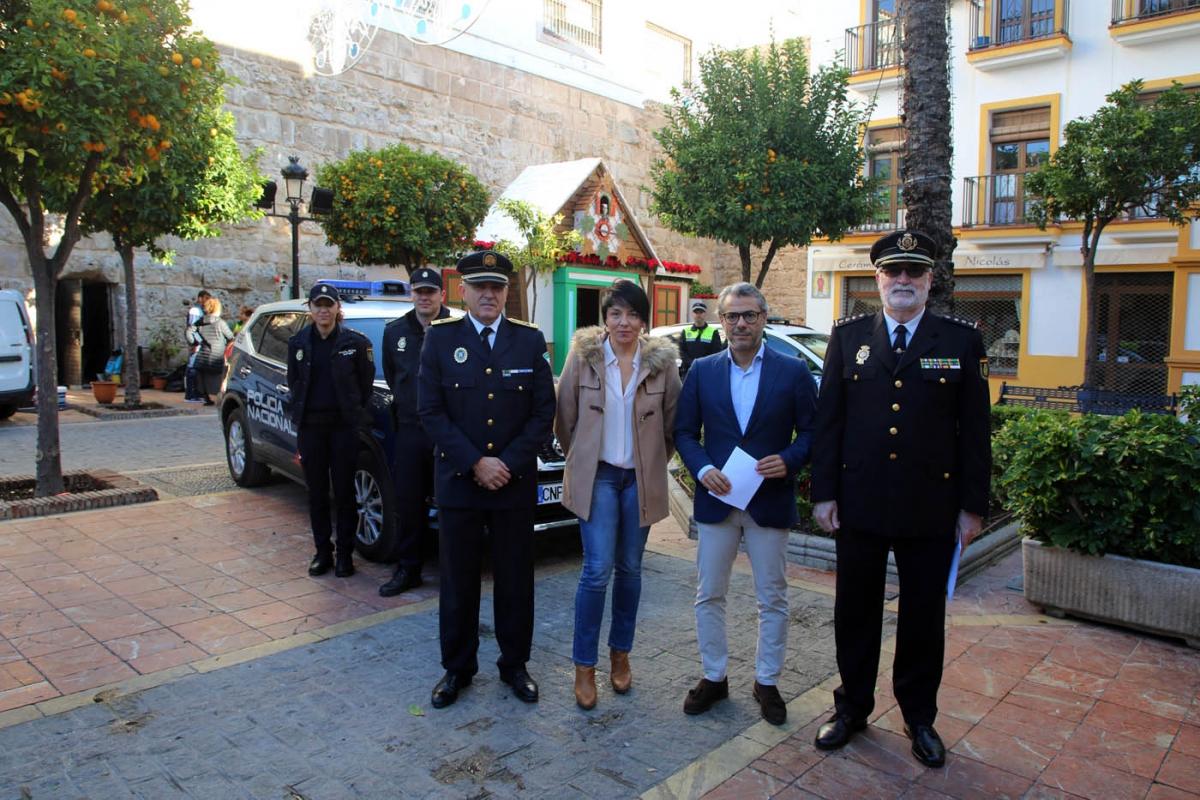 El Ayuntamiento refuerza el dispositivo de seguridad de Navidad con 80 agentes de la Policía Local, que se sumarán a los 65 que integran los servicios diarios