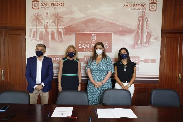 El Ayuntamiento renueva los convenios de colaboración con Aspandem y Sampedreña con una subvención total de 325.000 euros para contribuir al mantenimiento de su labor social