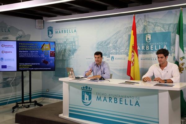 El Ayuntamiento pone en marcha cuatro cursos para fomentar la digitalización en el marco de un nuevo convenio con la Fundación Incyde dotado con un millón de euros
