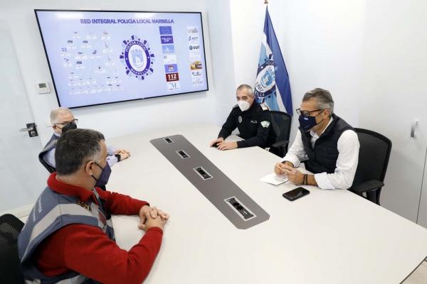 El Ayuntamiento da un paso más en inversión tecnológica y en modernización de la Policía Local con la dotación de tabletas electrónicas a los agentes para una mayor rapidez y eficacia en el servicio diario